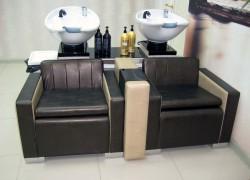 Ремонт и перетяжка обивки парикмахерских моек
