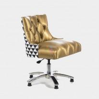 Кресло клиента маникюра