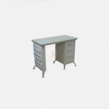 Маникюрный стол Ever